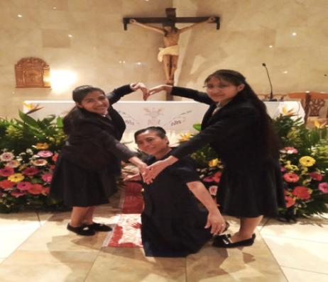 Hna. Vilma Ramos, con las Postulantes Maruca Ramírez y Maudilia Mejía